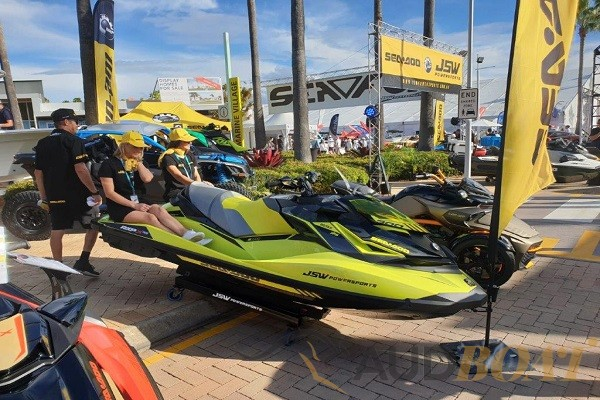 AUDBOAT Press News – Must See (and play) SEA-DOO RXP-X 300